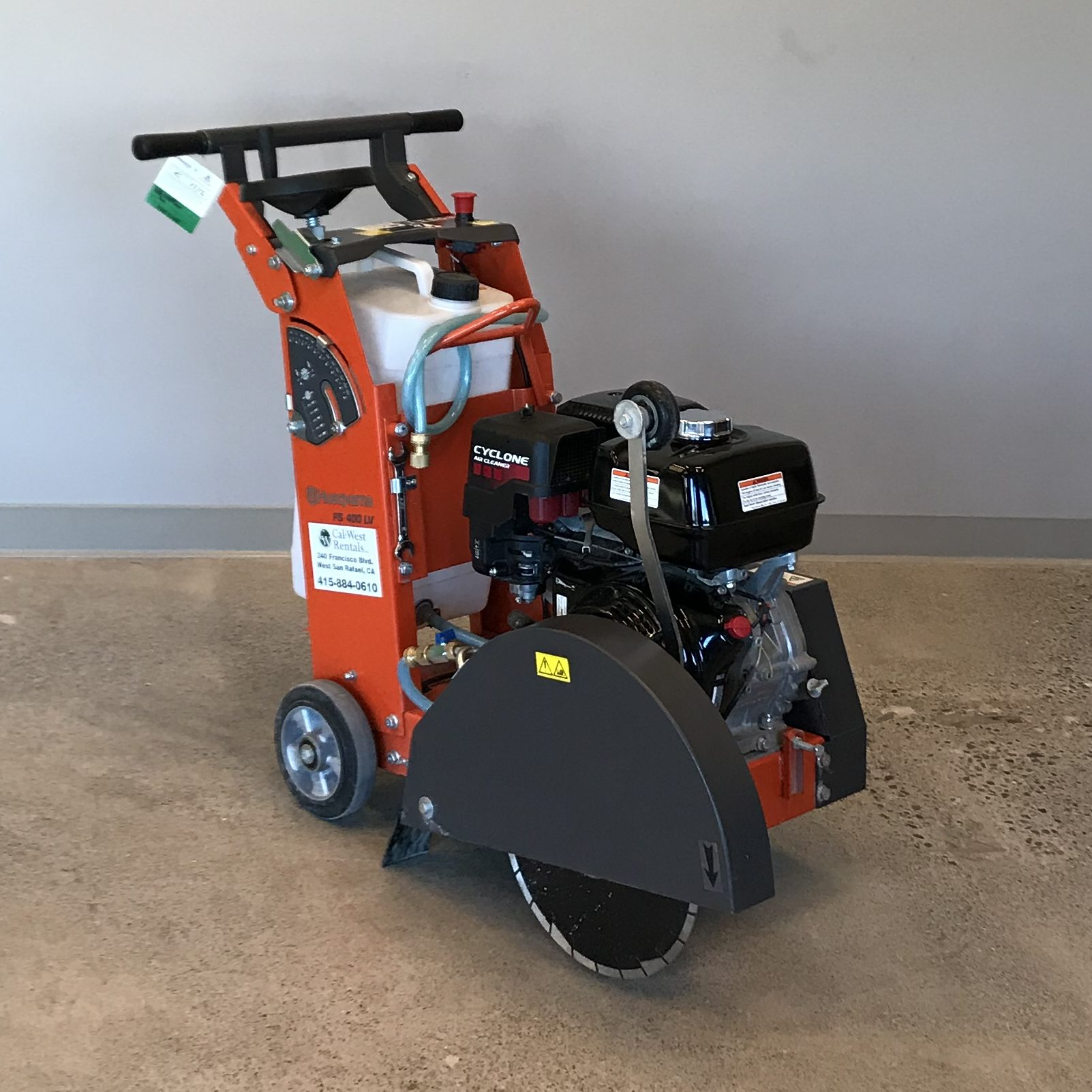 Husqvarna-Concrete-Saw-Walkbehind-FS400LV