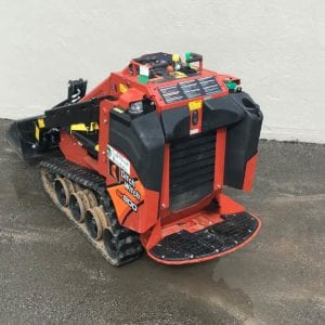 DitchWitch Mini Skid Steer SK800 (10)