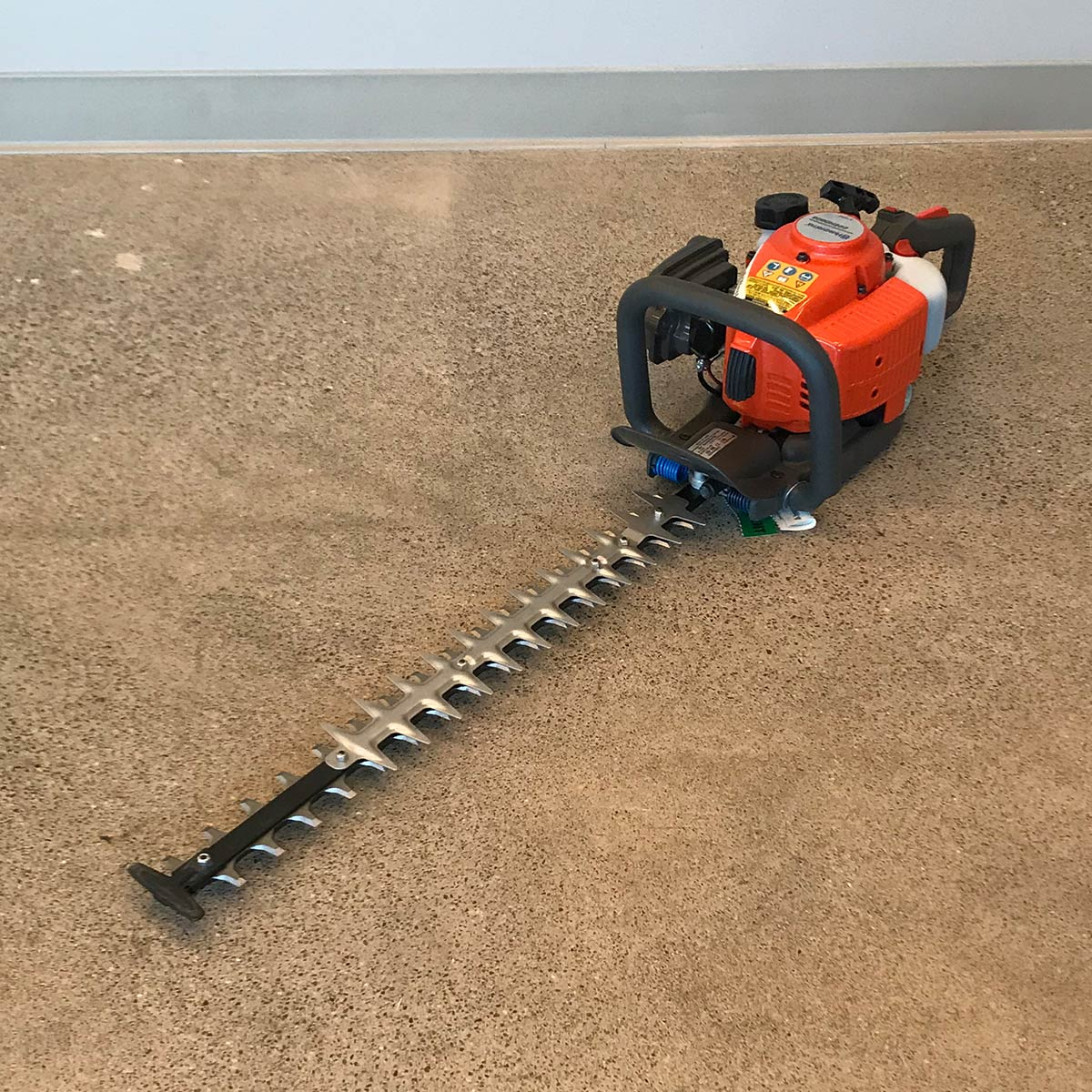 Husqvarna Hedge Trimmer 24in Double side 226 HD60S (5)