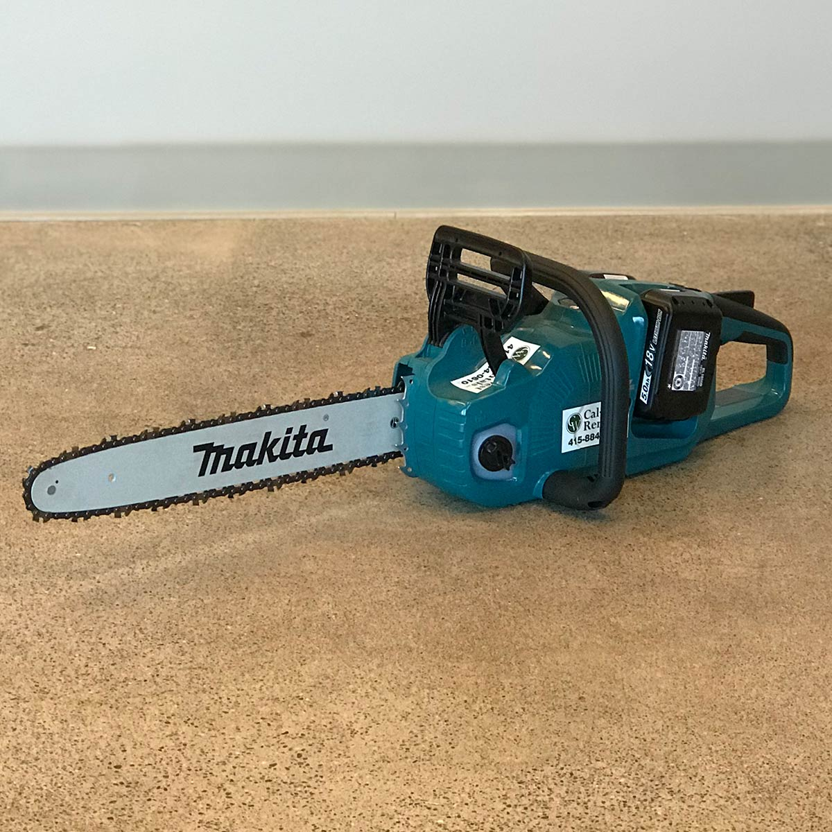 Makita Chainsaw 16in 18V XCU04PT(1)