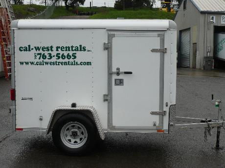 Trailer, 5 x 8 enclosed trailer