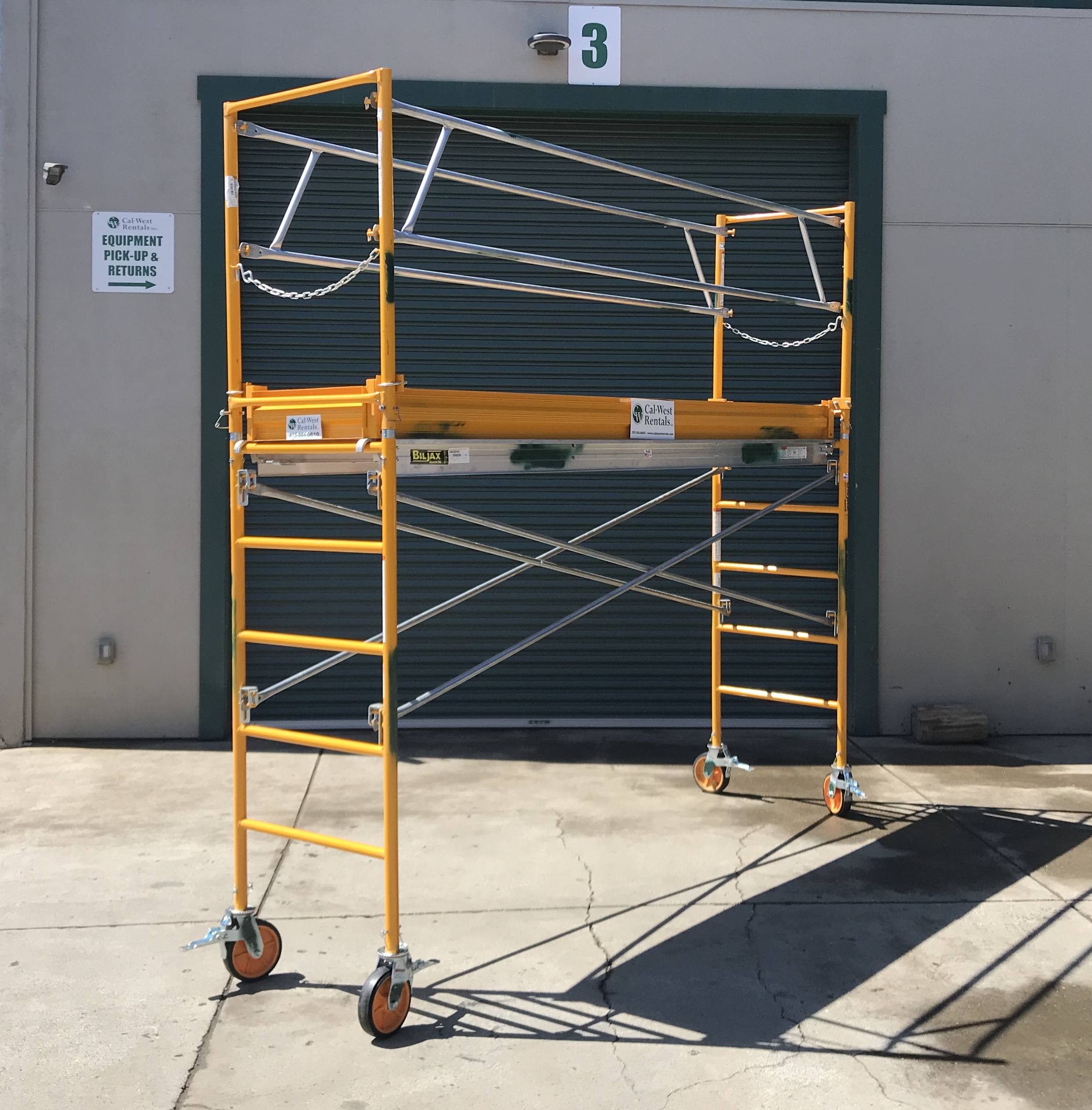 5 ft X 28 in X 10 ft Narrow Scaffolding Tower